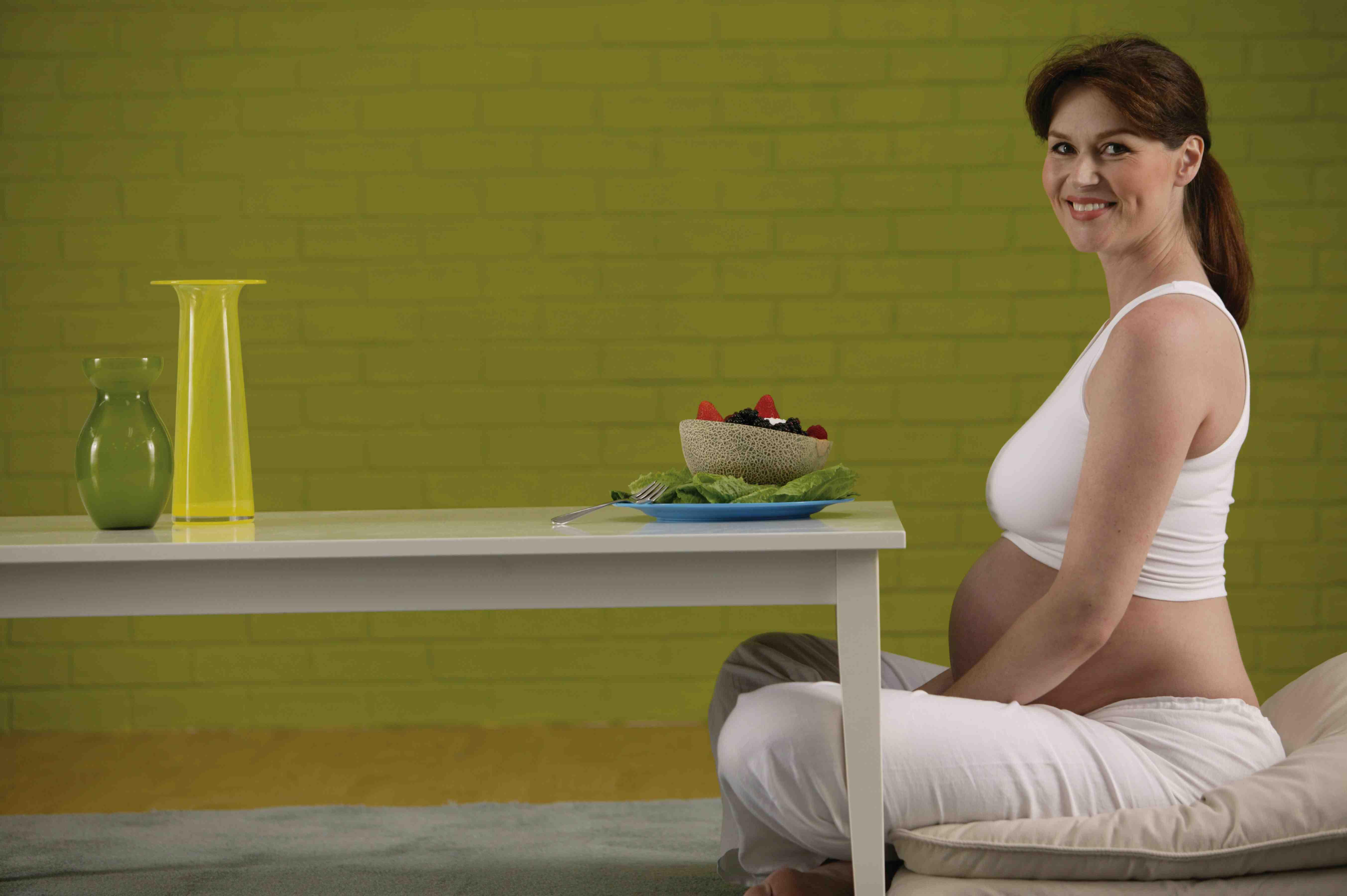 Mang thai tuần thứ 4 nên ăn gì và nên kiêng các bà bầu nên biết - phần 2