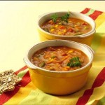 <!--:ES-->Sopa de calabaza (zapallo) y vegetales al curry<!--:-->
