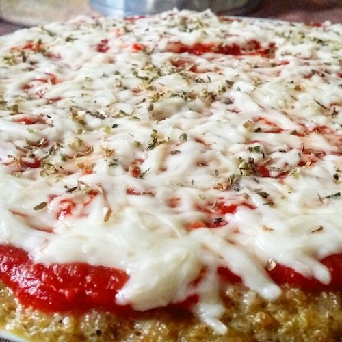 Pizza de quinoa (quinua) – receta saludable