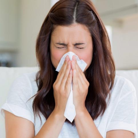 Las mujeres son más propensas al asma y las alergias