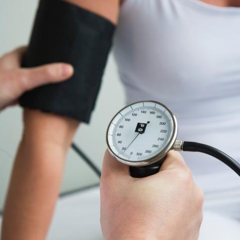 Embarazo: Una dosis baja de aspirina podría prevenir la preeclampsia