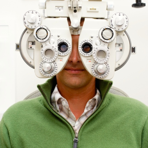 ¿Qué debes esperar de una visita a tu profesional de la salud visual?
