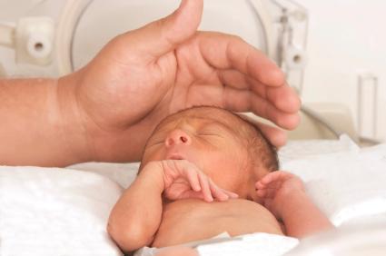 Existe una relación entre el asma y el nacimiento prematuro tardío