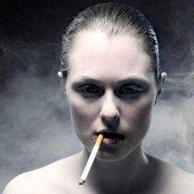 Para vivir diez años más, ¡deja de fumar!
