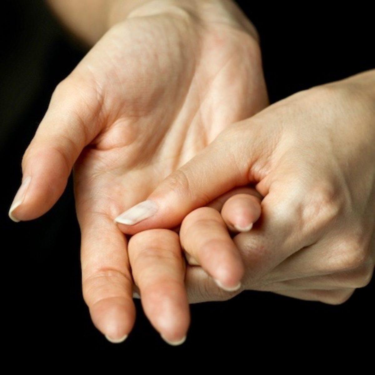 manos+que+duelen