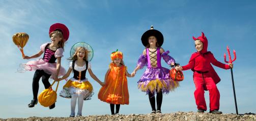 Mañana es Halloween: disfraces, caramelos, ¡y niños más seguros y protegidos!
