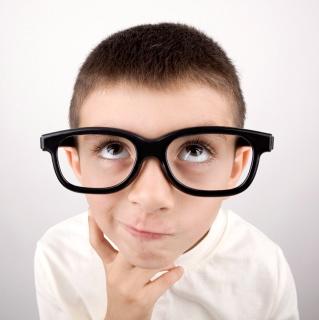Para aprobar en el colegio, primero hay que superar los exámenes visuales