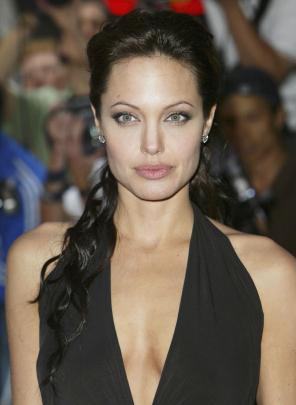 Los senos más famosos del mundo: Los que Angelina Jolie se extirpó
