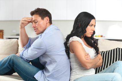 Las personas jóvenes sufren más con el divorcio