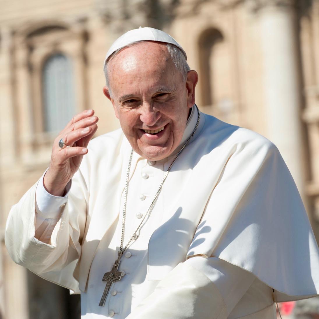 ¿Cómo se vive con un solo pulmón? Pregúntale al Papa Francisco…