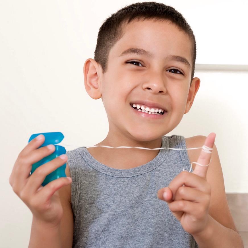 Qué es la gingivitis y cómo evitarla desde la niñez