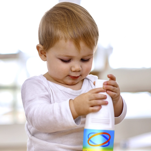 Cómo evitar envenenamientos con productos de limpieza en el hogar