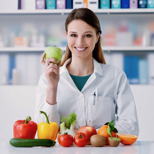 Dietista, nutricionista o nutriólogo: ¿Cual te conviene?