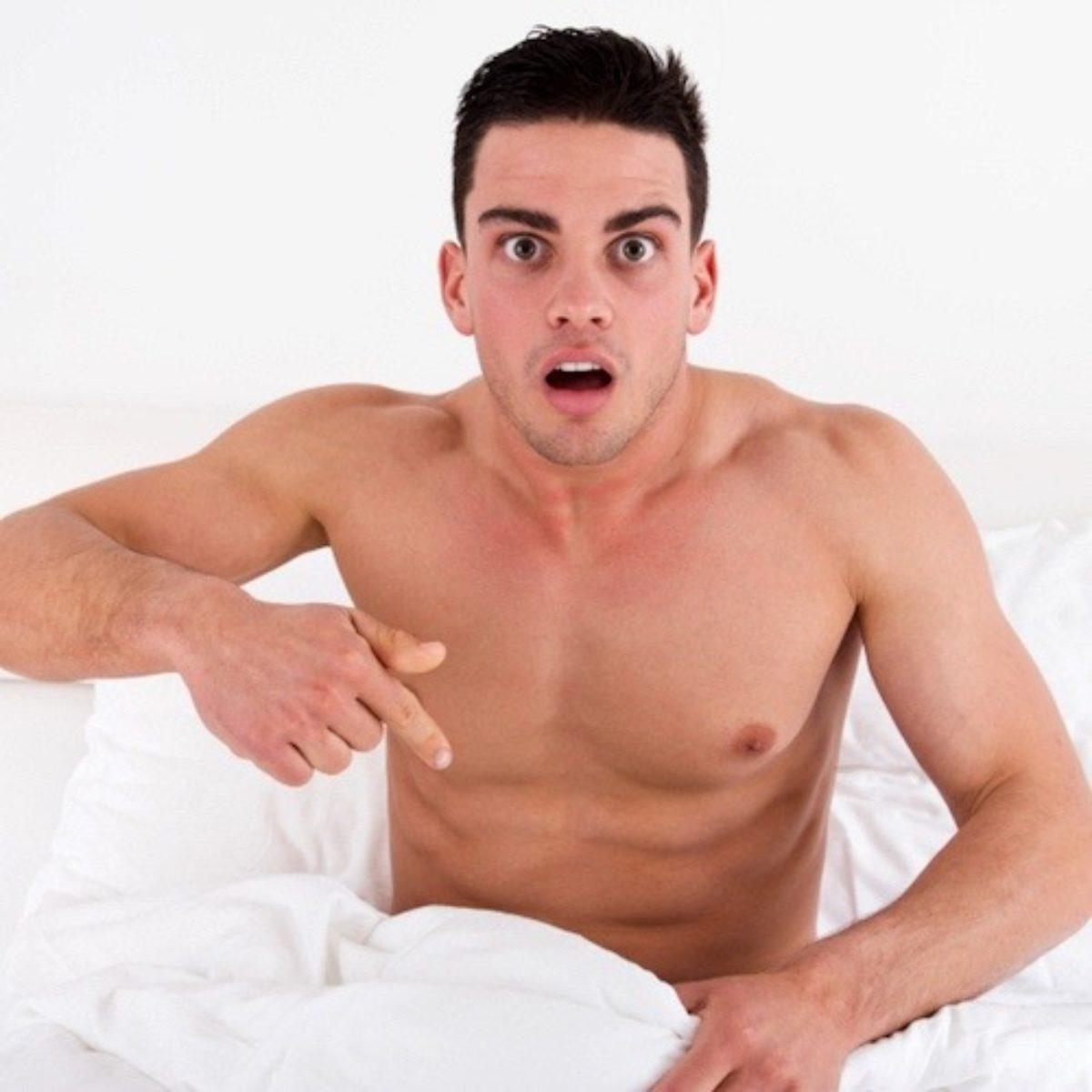 Músculo hombre desnudo gran polla